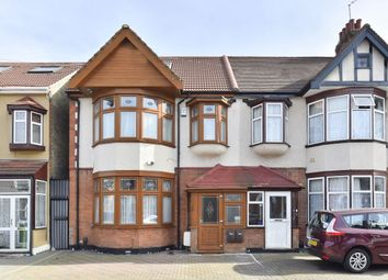 Thumbnail 2 bed flat for sale in Seven Kings Road, Ilford