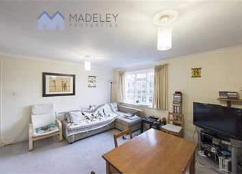 Thumbnail 1 bed flat to rent in Cromwell Close W3, Acton