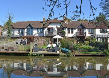 Thumbnail 4 bed town house for sale in Waterside Mews, Guildford