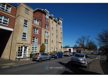 2 bed flat to rent in Loaning Road, Edinburgh EH7
