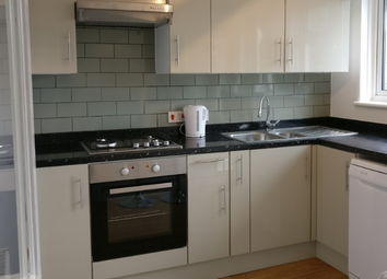 Thumbnail 2 bed flat to rent in Tollgate Rd, Canning Town
