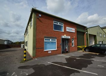 Thumbnail Warehouse to let in Bishop Court, Ringwood