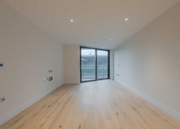 Thumbnail 2 bed flat to rent in Three Riverlight Quay, London