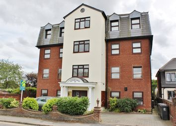 Thumbnail 3 bed flat to rent in Manor Road, Chigwell