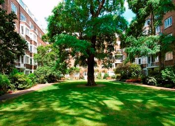 Thumbnail 2 bedroom flat for sale in Marlborough Court, London