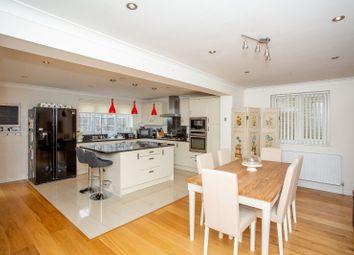 5 bed detached house for sale in Derwent Road, Harpenden, Hertfordshire AL5