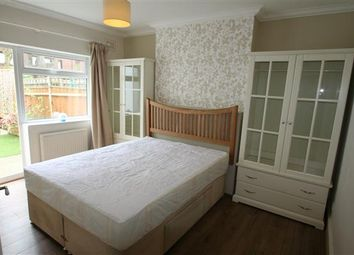 Thumbnail 3 bed flat to rent in North End Road NW11, Golders Green
