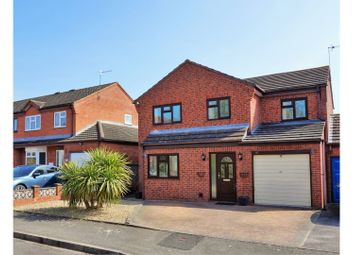 Thumbnail 4 bed link-detached house for sale in Kingfisher Close, Worcester