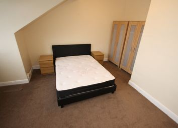 Thumbnail Room to rent in Chapel Lane, Headingley, Leeds