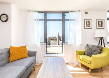 Russell House, Brighton BN1. 2 bed flat