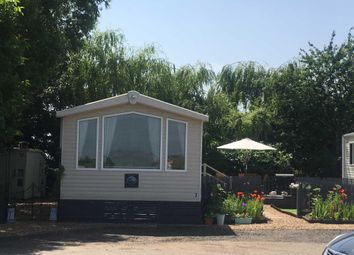 Thumbnail 2 bedroom mobile/park home for sale in Staffurths Bridge, March