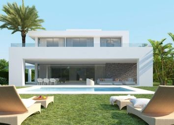 Thumbnail 4 bed villa for sale in Spain, Málaga, Marbella, Golf Río Real