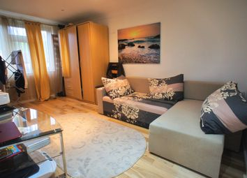 Thumbnail 1 bedroom flat to rent in Mapleton Road, London