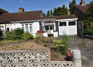 Thumbnail 2 bed bungalow to rent in Betterton Road, Rainham