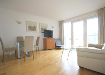 Thumbnail 1 bedroom flat to rent in New Providence Wharf, Canary Wharf