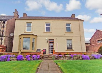 Thumbnail 2 bed flat for sale in Bayview House, Links Road, Leven