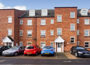 Thumbnail 2 bed flat for sale in Fairfax Street, Lincoln