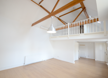 Thumbnail 2 bedroom detached house to rent in Murrin Road, Maidenhead