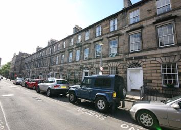 4 bed flat to rent in Cumberland Street, New Town, Edinburgh EH3