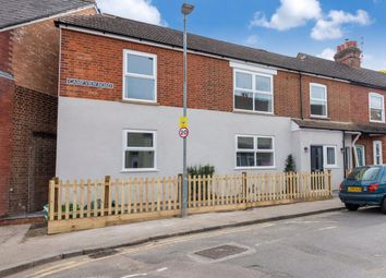 2 bed maisonette to rent in Camp View Road, St.Albans AL1
