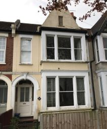 Thumbnail 2 bed flat for sale in Lancaster Gardens, Southend-On-Sea, Essex