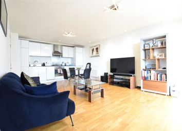 Thumbnail 1 bed flat to rent in Hayward, Chatham Place, Reading, Berkshire