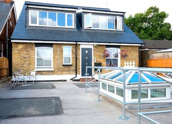 Thumbnail 1 bed flat to rent in Queens Road, Weybridge