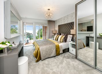 Thumbnail 2 bedroom flat for sale in Broadwater Gardens, London