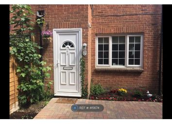 Thumbnail 1 bed flat to rent in Langley, Slough