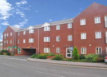Thumbnail 2 bedroom flat to rent in Nuneaton Road, Bedworth