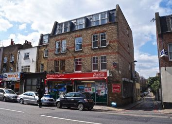Thumbnail 1 bed flat to rent in Mill Row, Kingsland Road, London
