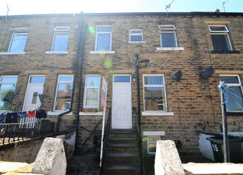 2 bed terraced house to rent in Pastureside Terrace East, Clayton, Bradford BD14