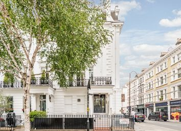 Thumbnail 3 bedroom flat to rent in Sumner Place, London