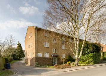 Thumbnail 1 bed flat to rent in Bells Hill, High Barnet