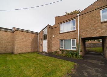 Room to rent in 69 Norfolk Park Village, Norfolk Park, Sheffield S2