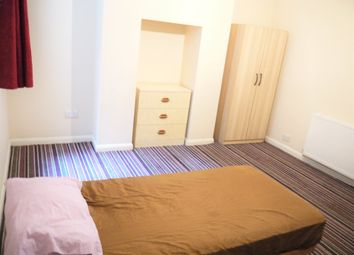 Thumbnail Room to rent in Luton Road, Chatham, Kent