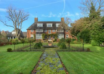 Thumbnail 13 bedroom detached house for sale in Linnell Drive, London