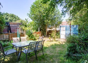 Thumbnail 1 bedroom flat for sale in St. Georges Park Avenue, Westcliff-On-Sea