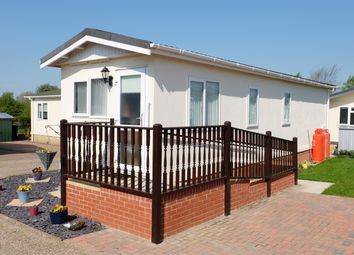 Thumbnail 1 bed mobile/park home for sale in Greenacres Park, Spislby Road, Horncastle