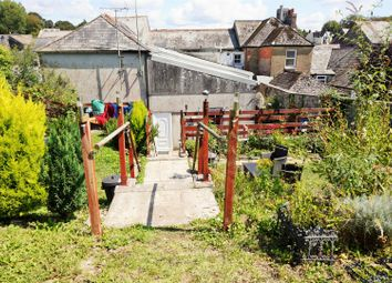 Thumbnail 2 bed flat to rent in Fore Street, Liskeard