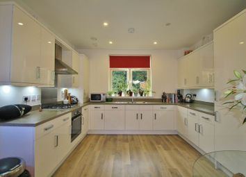 Thumbnail 2 bedroom flat for sale in Villa Close, Cholsey, Wallingford