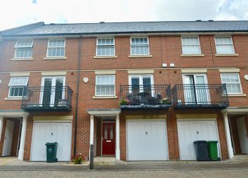 4 bed town house for sale in Empire Walk, Greenhithe DA9