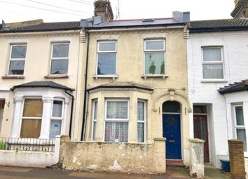 Thumbnail 2 bed flat for sale in Gordon Road, Southend-On-Sea