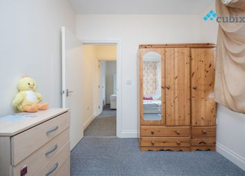 3 bed maisonette to rent in Railton Road, London SE24