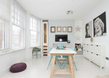 Thumbnail Studio to rent in Ridge Terrace, Green Lanes, London