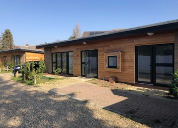 Thumbnail 1 bed bungalow to rent in 8, Staines On Thames