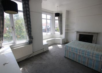 1 bed flat to rent in Southwood Road, New Eltham SE9