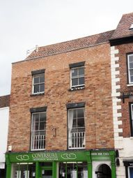 Thumbnail 1 bedroom flat to rent in Recently Refurbished, One Bedroom Flat, Tewkesbury Town Centre.