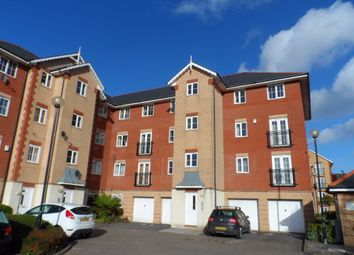 2 bed flat to rent in Windsor Quay, Cardiff Bay, Cardiff CF11