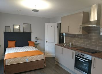 Thumbnail 1 bed flat to rent in Leinster Square, Bayswater